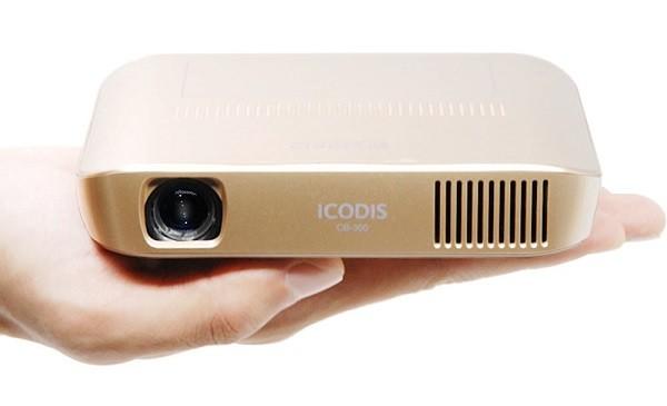 ICODIS CB-300 PICO PROJECTEUR –  Test et Avis de ce Mini Projecteur Nomade