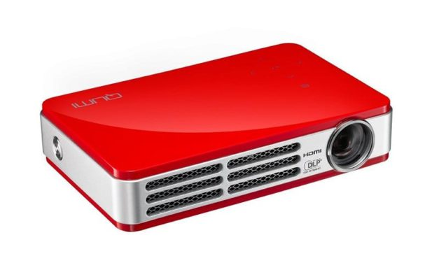 VIVITEK QUMI Q5 – Test du pico projecteur 3D avec batterie